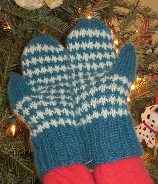 Estella's Boxing Day Mittens