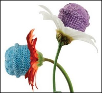 Knitting_central_flowers