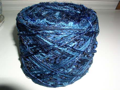 Blue_yarn
