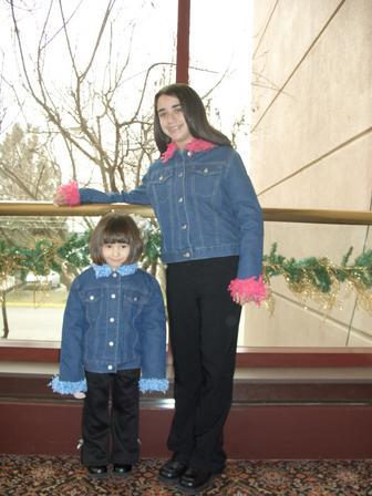 Julie_and_emily_jazzed_up_denim_ssc_ne_1