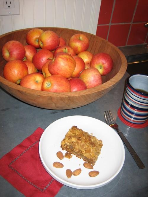 Almond Apple Crumb Cake